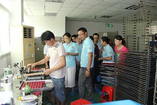 教你如何走进客户的心里-硅胶制品定制生产厂家